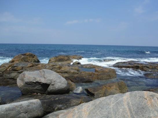 先端の岩からキャスティング