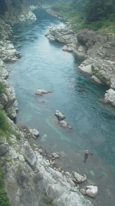 20140720槇峰の釣り人